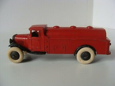 DINKY TOYS PETROL TANKER No 25D - SMOOTH HUBS/OPEN CHASSIS • 1.04£