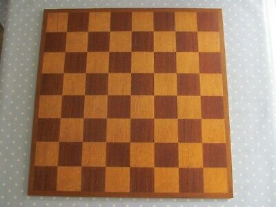 LARGE VINTAGE SOLID WOODEN CHESS BOARD 59 Cm X 59 Cm WITH 7 Cm INLAID SQUARES  • 30£