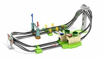 HOT WHEELS  Mario Kart Circuit Track Playset GHK15 With 1:64 Die-Cast Mario • 61.99£
