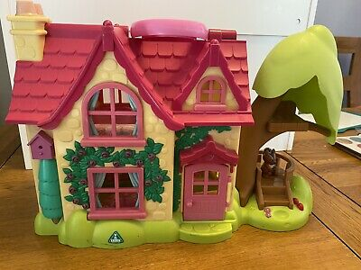 ELC Happyland Cherry Lane Cottage With Figures, Animals And Furniture • 6.50£