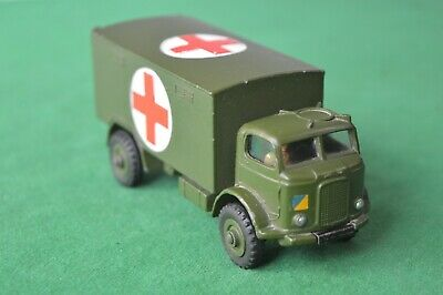Dinky Toys 626 Military Ambulance Original Vintage Model With Windows • 19.99£