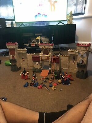 Boys Toys Castle And A Boat With All Figures • 20£