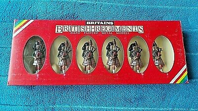 Britains British Regiments 6 X Blackwatch Pipers Mint & Boxed 7240 Dated 1982 • 10£
