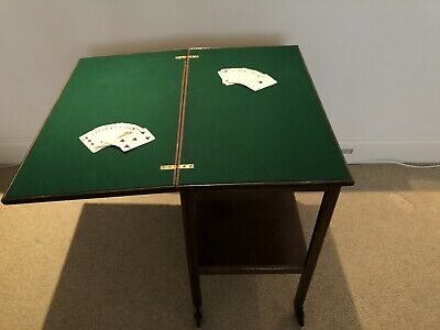 Antique Folding Card Table • 10£