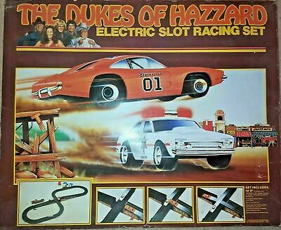 Vintage 1981 Ideal The Dukes Of Hazzard Electric Slot Car Racing Set General Lee • 37£