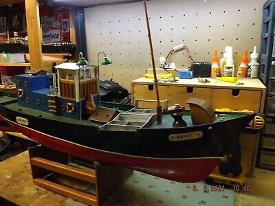 Radio Control Fishing Boat Complete With Radio Etc Just Add Water  • 150£