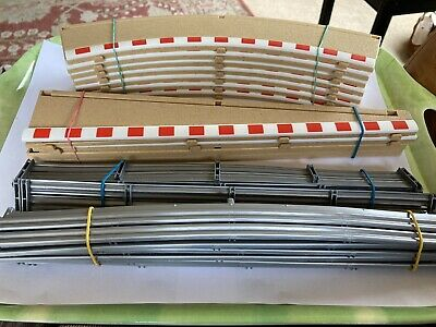 Scalextric 6 X Outer Curve Borders  L8712. 2 X L7991 & 2 X L7992 With Barriers • 14.90£