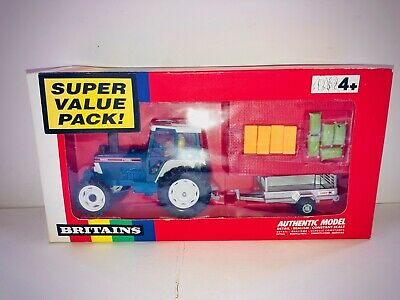 Britains Ford Tractor 5610 Gift Set • 1.20£