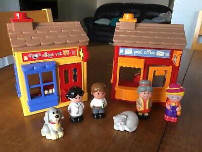 Elc Happyland Vets Surgery And Post Office. 136 • 6.50£