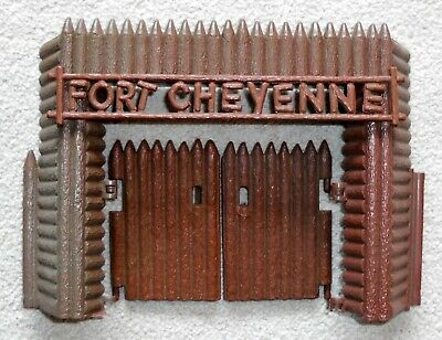 COHN/LIDO TOYS -   FORT CHEYENNE  PLAYSET (PLASTIC AND WOOD) WITH FIGURES 1950s • 0.99£