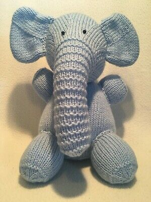 BN Knitted Blue Elephant • 8£