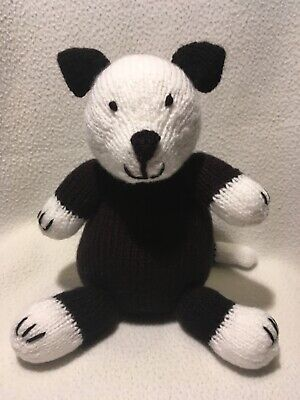 BN Knitted Black And White Cat • 5£