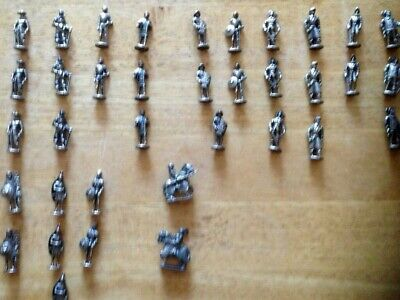 Metal Toy Soldiers Preowned • 2.50£