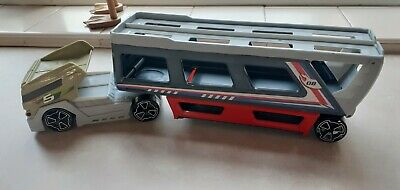 Car Transporter…16 Inches Long • 1£