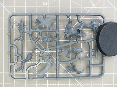 Lord Of Pain - New On Sprue - Warhammer AoS 40k • 21.99£
