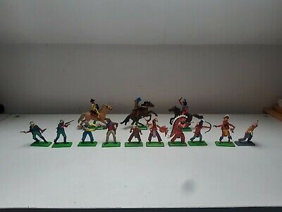 Vintage Britains Deetail Toy Soldiers Cowboys Indians Cavalry. • 7.50£