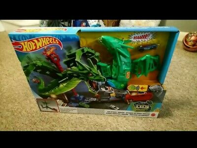 Hot Wheels Air Attack Dragon Playset • 15.50£