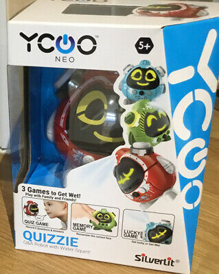 QUIZZIE Q & A Robot With Water Squirt !  • 12.99£