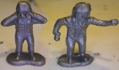 82 Vintage Plastic Spacemen, Silver Colour, Small Various Poses • 0.99£
