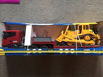 Bruder Scania R Series & Low Loader With Caterpillar Bulldozer • 35£